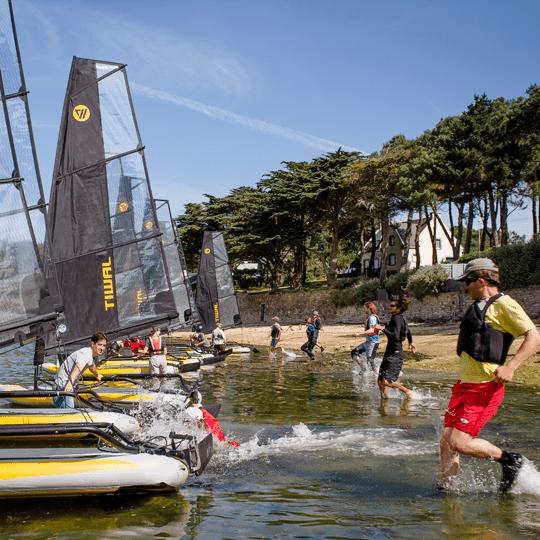 Infatable sailbot tiwal regatta