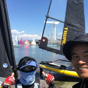 Fun around the foldable sailboat Tiwal 3